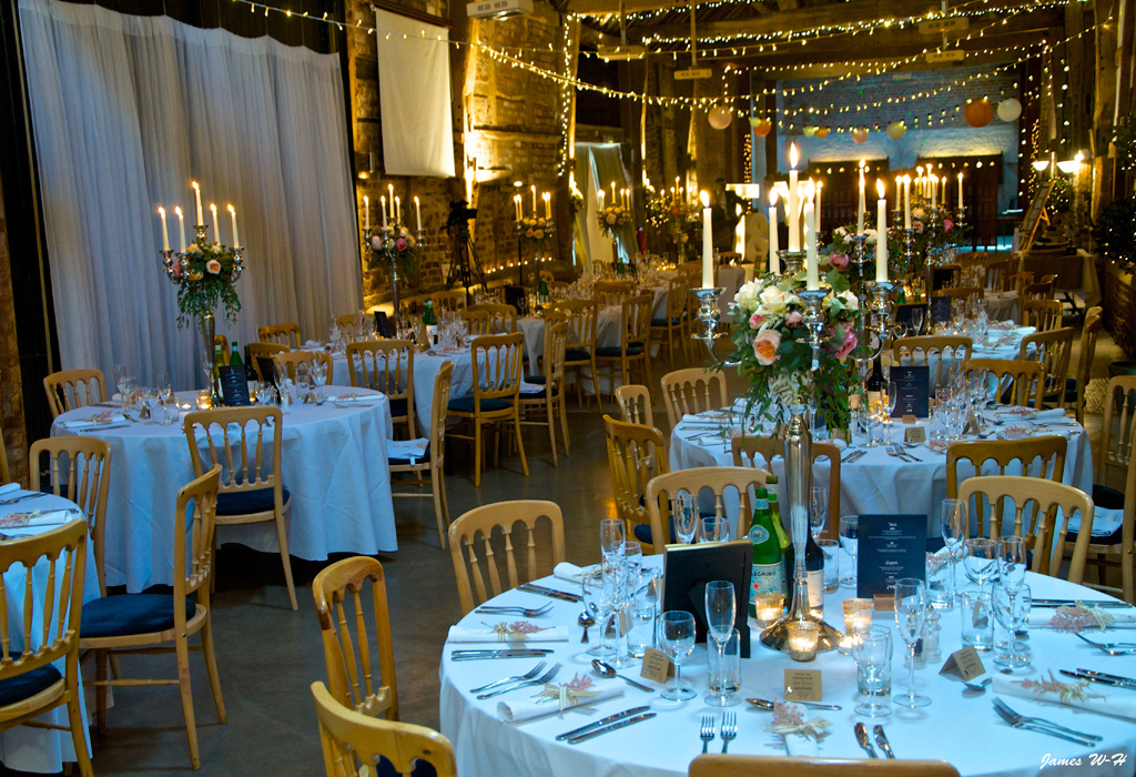 weddings-barn